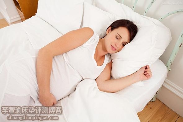 教你怎么选择床垫之——准妈妈如何选购合适的床垫
