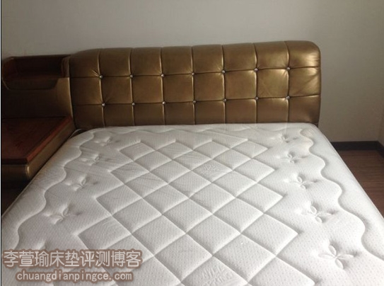 网友分享——都市白领小夫妻网购乳胶床垫(尼丝普林摩泽尔)经验心得分享