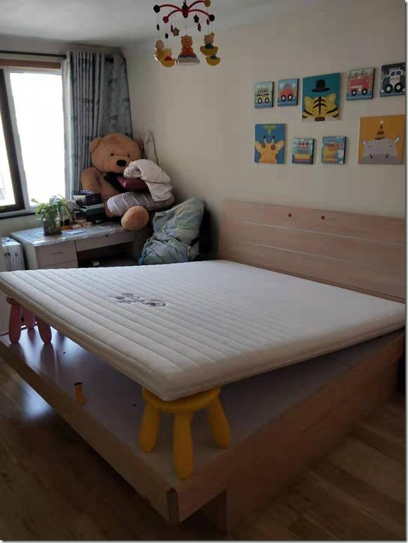 【使用感受】MOON欧洲乳胶弹簧席梦思床垫手工贡缎料羊毛蚕丝床垫1603质量怎么样?好用吗?有退货的吗?