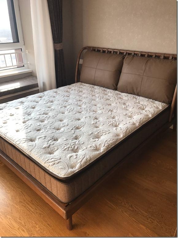 【买前警告】雅兰乳胶席梦思静音独立弹簧床垫恒爱质量怎么样?有退货的吗?使用一年后买家真实评价分享