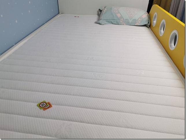 【深度解析】雅兰天然乳胶护脊棕榈儿童床垫硬核怎么样?甲醛超标吗?有退货的吗?爆料真实使用心得